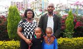 쌍둥이 아들이 청색증을 치료받아 믿음의 가정이 되었어